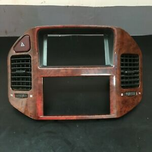 2001 06 Mitsubishi Montero Center Dash Bezel Trim Ac Vents Mr456372 Mr402439 Oem
