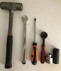 6 Mac Tools Anti Vibe Hammer Punch Chisel Holder Combo Wrench 2 Sockets