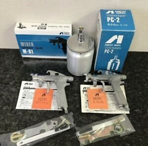 Anest Iwata W61 2 Spray Guns And 1 Cup Unused Item From Japan