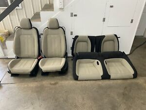 2018 2019 Ford Mustang Gt Black Cream Cloth Front Rear Seats Power Oem