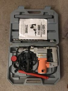 Chicago 1 Inch Rotary Hammer Drill In Case With Bits Model 41983 110v 620w