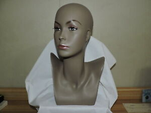 Female Mannequin Display Head Form Bust No Hair Excellent Jewelry Display