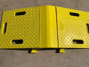 Checkers Diamondback Ramp For 3 5 Inch Lines Over Pipe 3 piece