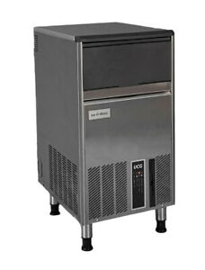Ice o matic Ucg060a 69 Lb Undercounter Air Cooled Gourmet Cube Ice Machine