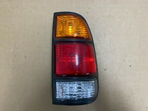 2000 2003 Toyota Tundra Right Rear Tail Light Lamp Lens Genuine Oem