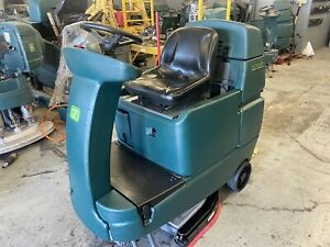 Tennant T7 Nobles Ssrider 32 Disk Rider Scrubber Cosmetic Imperfects