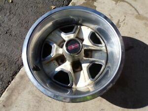 Oldsmobile Olds Cutlas 442 Rally Rim 14 X 6 With Beauty Trim Ring Omega Delta