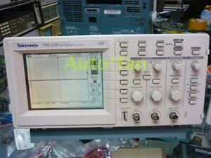 For 1pc Used Tektronix Tds220 Digital Oscilloscope Tektronix Tds 220