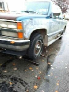 Rear Axle 4wd 5 0l 10 Bolt Cover Fits 88 99 Chevrolet 1500 Pickup 3289216