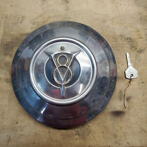 1932 1933 34 Ford V8 Spare Tire Wheel Locking Hubcap 32 Flathead Coupe Hot Rod