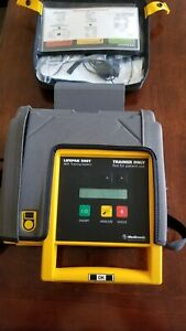 Medtronic Lifepak 500 Biphasic Aed Trainer W battery Case