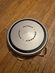 New Nos Ford Motor Company 10 5 Inch By 1 Inch Deep Dog Dish Hubcap Nice