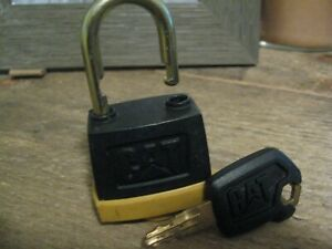 Caterpillar cat Construction Equipment Padlock With New Key Oem
