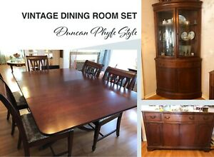 Duncan Phyfe Style Solid Mahogany Dining Room Set