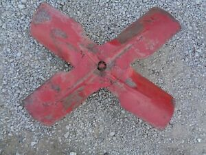 Ford Tractor 8n 9n 2n Engine Fan Blade W mount Hub