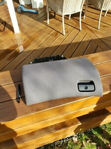 Bmw E38 7 Series Factory Front All Leather Glove Box Sand 1995 2001 Used