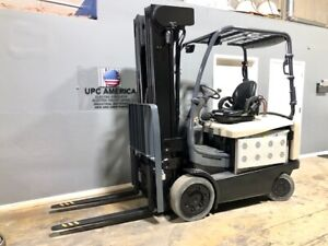2016 Crown Electric Forklift Fc5200 Low 94 high 276 5 000 Lbs W Charger
