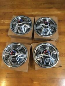Nos 1965 Ford Mustang 13 Spinner Hubcaps C5zz 1130 s