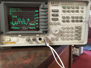 Agilent hp 8595e 9 Khz 6 Ghz Spectrum Analyzer W options look