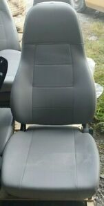 M2 Freightliner Semi Truck Gray Vinyl National Air Ride Bucket Seat No Arm
