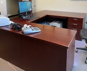 Cherry Wood U shaped Desk 1200 obo Local Pick Up From San Clemente Only