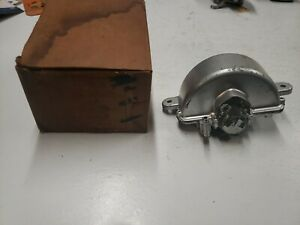 1940 Cadillac Oldsmobile Pontiac Windshield Wiper Motor Ss 19 Trico Buick