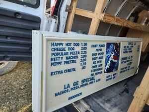 Lighted Menu board Sign 6 Ft 25 Tall 4 5 Deep w Extra Letter Number Sets