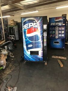Pepsi Vendo 407 8 Soda Vending Machine W coin Bill Acceptor Made In Usa