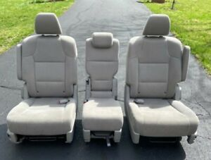 2015 Honda Odyssey Second Middle Row Seats