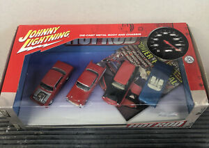 Johnny Lightning Hot Rod Magazine 4 Car Boxed Set Rubber Tires New