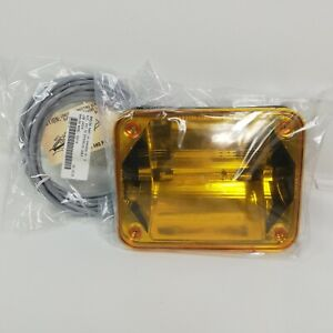 Whelen 902000ru 900 Series Linear Strobe Light W Extension Cable Amber