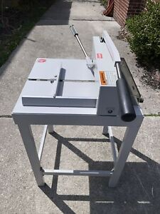 Triumph 3905 Paper Cutter With Ideal 3915 Blade Excellent Condition