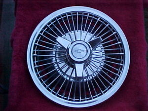 1964 1965 1966 Chevrolet Impala Chevelle Nova Oem Opt 14 Wire Spoke Hubcap 7