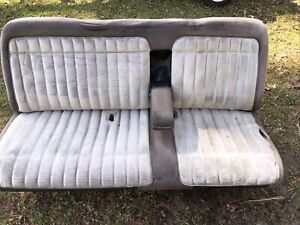 1988 94 Chevy Gmc Silverado 1500 Sierra Truck Bench Seat With Arm Rest Light Blu