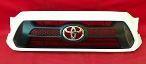 Toyota Tacoma 2012 2015 Front Oem Grille 53100 04470 80 90