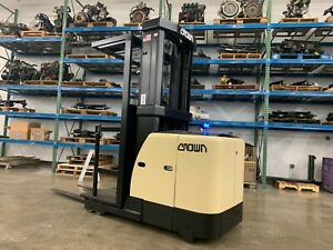 2009 Crown 3000 Pound Budget Forklift order cherry Picker we Will Ship nicelift