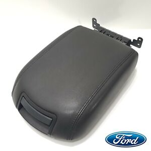 2010 2017 Ford Taurus Center Console Lid Black Middle Top Storage Arm Rest Oem