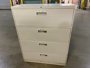 4 Drawer Lateral File Cabinet White Very Good Condition