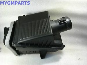 Cadillac Escalade Air Cleaner Assembly 2015 2016 New Oem Gm 23192713