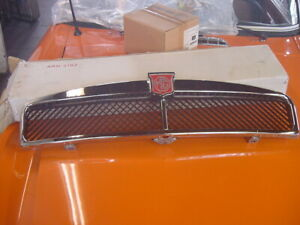 Nice Chrome Front Grill 1973 74 Mgb Mgbgt