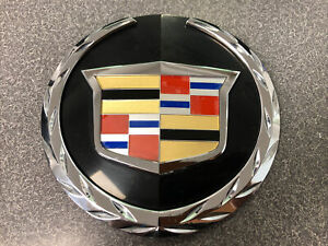 2008 2014 Cadillac Escalade Emblem For Grille Used Oem