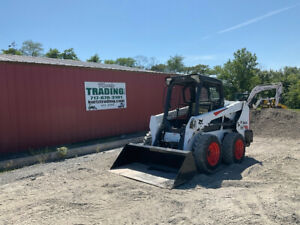 2017 Bobcat S550 Skid Steer Loader W New Tire Clean Only 2400 Hours