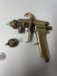 Binks Model 7 Pressure Gold Series Paint Spray Gun With 66 Sa And 66sd Nozzles