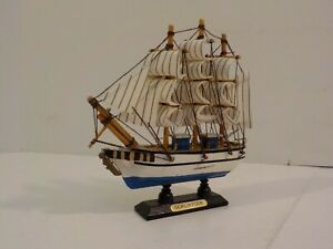 R Vintage Hand Crafted Wood Model Decor Nautical Sailboat Gorch Fock Miniature