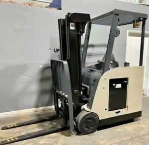 2009 Crown Electric Forklift Rc5530 30 Low 87 high 190 3000 Lbs W Charger
