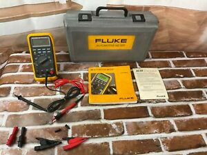 Fluke 88 Automotive Meter With Leads Case
