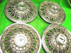 80 87 Buick 25505490 Wire Spoke 13 Wheel Cover Hub Cap