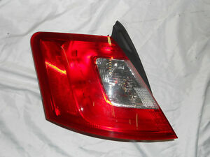 Driver Side Tail Lamp 2010 2012 Ford Taurus Brand New