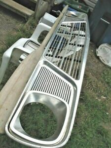 1964 Studebaker Grill Very Nice Stored In Attic