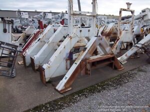 Outriggers Stabilizers For Utility Bucket Trucks Cranes Digger Derricks Booms
